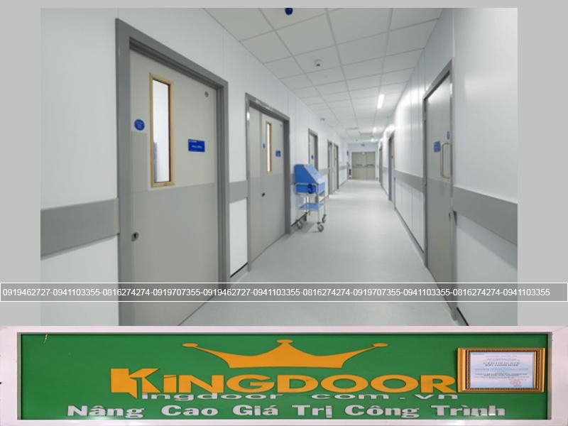 Cửa thoát hiểm dành cho bệnh viện