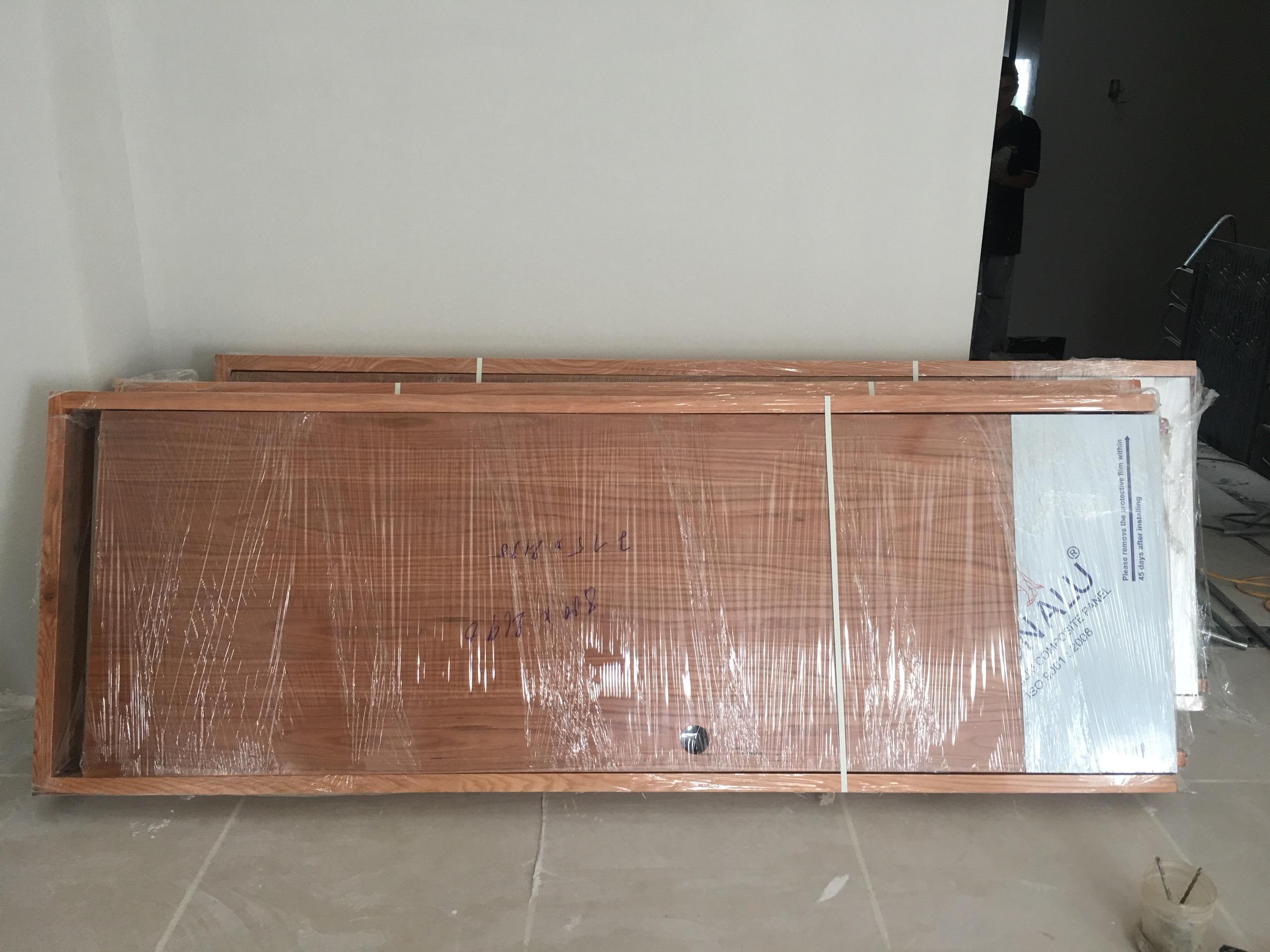 Cửa gỗ công nghiệp mdf màu sồi vàng