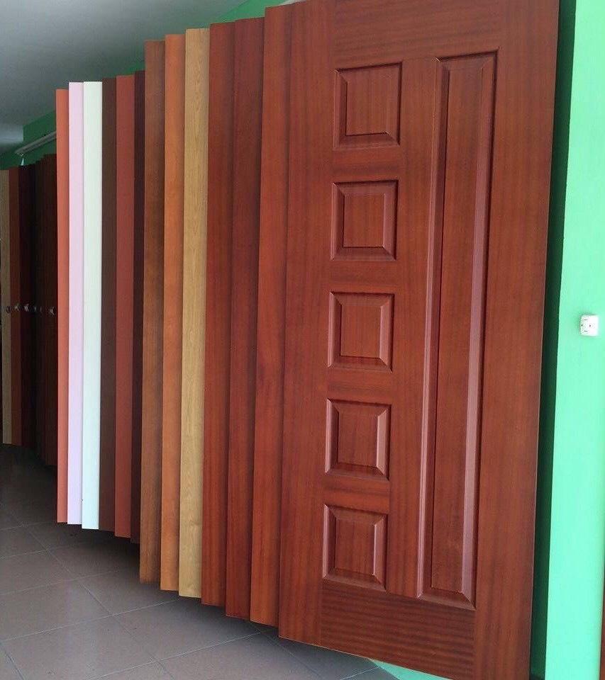 Cửa gỗ công nghiệp hdf veneer tại Vườn Lài