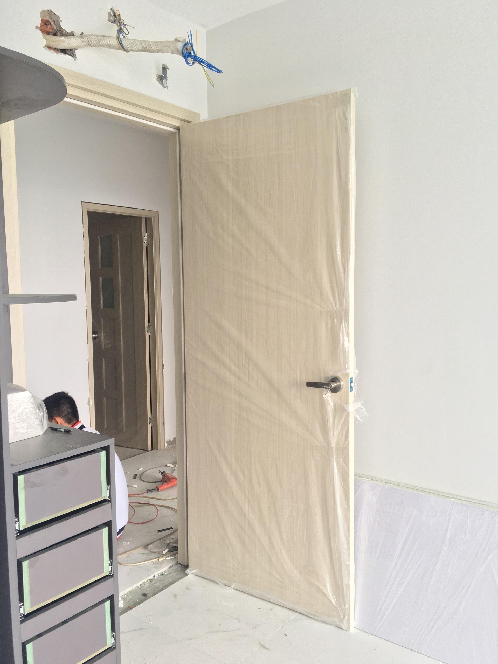 Cửa nhựa gỗ Composite màu SYB01- làm cửa phòng ngủ