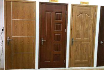 Mẫu cửa gỗ công nghiệp vân gỗ